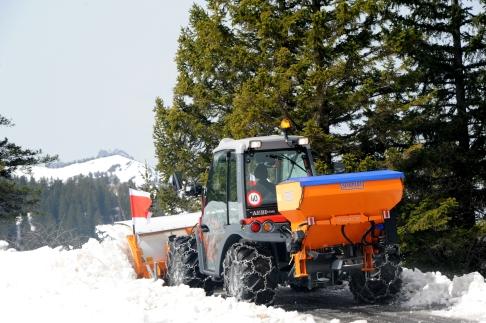 Aebi TT280 Snowplough Traxos_002