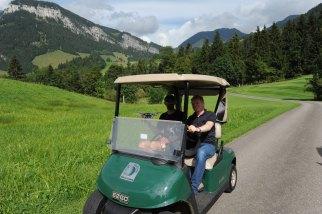 Filmteam im Golfwägeli