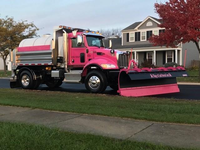 pink-truck-3